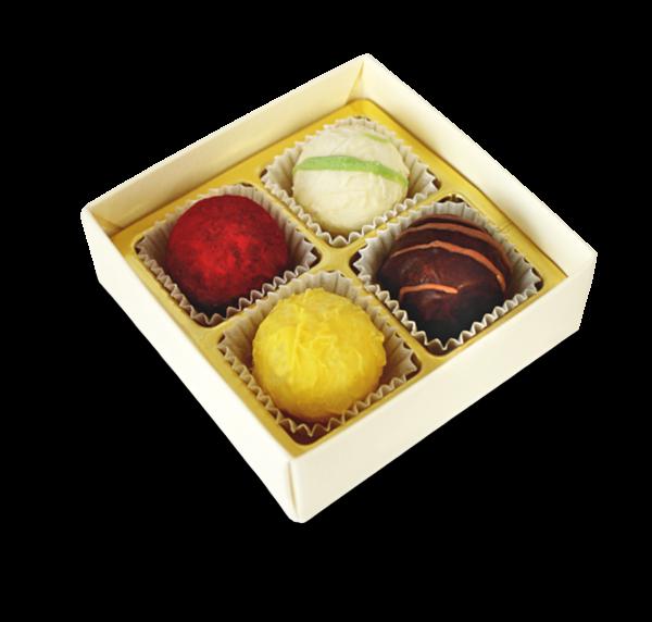 Schachtel mit 4 Pralinen aus dem Sortiment