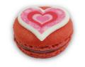 Himbeer-Macaron-mit-Herz